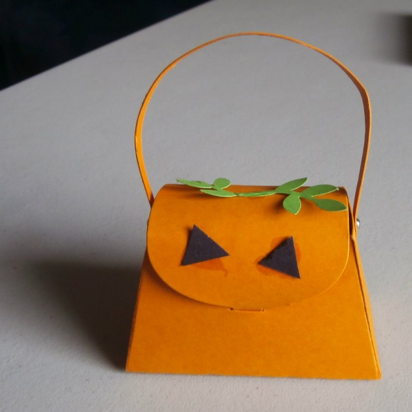 pumpkin_petite_purse